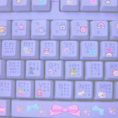 OuO keyboard is so cute >.<