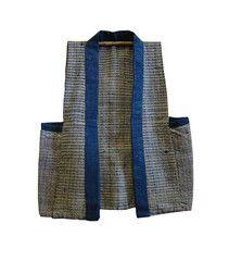 A Sashiko Stitched Sleeveless Vest: Yamagata Sri threads Fashion Sewing, Kids Fashion, Fashion 2016, Boro, Sewing Magazines, Vest Pattern, Kimono Pattern, Sashiko Embroidery, Japanese Sewing