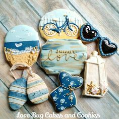 I'm going on vaca to the beach tomorrow so I just had to share these one more time! Summer Cookies, Fancy Cookies, Iced Cookies, Cute Cookies, Cupcake Cookies, Cupcakes, Cookie Frosting, Royal Icing Cookies, Bug Cake