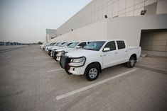 Toyota Hilux 2.7 2012           http://www.mspv.in/contact