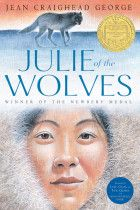 Julie of the Wolves (HarperClassics): Jean Craighead George, John Schoenherr. Jean Craighead George's Newbery Medal–winning classic about an Eskimo girl lost on the Alaskan tundra now features bonus content. Books To Read, My Books, Wolf Book, Newbery Medal, Newbery Award, Thing 1, Scratchboard, Wilderness Survival, Chapter Books