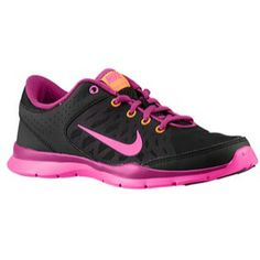 Get ready for summer in these cute Nike Flex Trainer 3's! A training shoe made for you! #ladyfootlocker #footlocker
