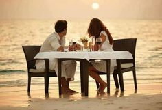 Honeymoon Beach Candlelit Dinner from St Thomas Las Vegas, Romance And Love, Most Romantic, Romantic Ideas, Romantic Beach, Romantic Dates, Romantic Dinners, St Thomas, Alaska