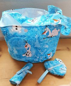Frozen Olaf themed Girl's Bucket purse with matching accessories by SherrysCraftPatch on Etsy