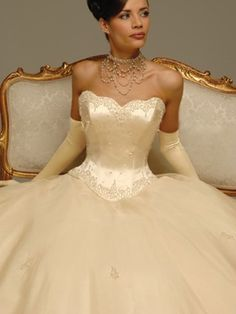 A-Line Ball Gown Princess Strapless Sweetheart Scalloped-Edge Basque Satin Organza Wedding Dress