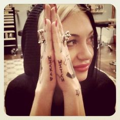 Porcelain Black, Im obsessed with her hand tattoos Body Art Tattoos, Hand Tattoos, Cool Tattoos, Wicca Tattoo, Porcelain Black, Tattoo Sketches, Tattoo Quotes, Wicked Witch, Black And White