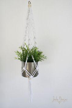 """Moderne Makramee Blumenampel 95 cm / Modern Macrame Plant Hanger 37"""" von byJadaDesigns auf Etsy"""