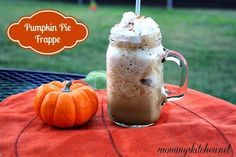 Mommy's Kitchen -  Festive Pumpkin Pie Frappuccino & A Keurig 2.0 Review