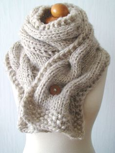 Chunky Scarf Handknit Big Cowl Extra Thick Cabled Soft in Natural White Beige.