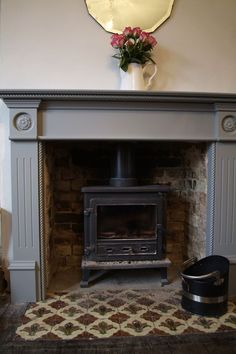 5 Dumbfounding Diy Ideas: Freestanding Fireplace On Bench painted fireplace insert.Small Limestone Fireplace free standing fireplace remodel… – for our new home Wood Burner Fireplace, Fireplace Hearth, Fireplace Inserts, Fireplace Surrounds, Fireplace Ideas, Wooden Fireplace Surround, Limestone Fireplace, Concrete Fireplace, Paint Fireplace Tile