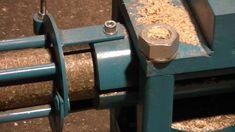 Brykieciarka Hydrauliczna BH2  słoma    wydajnośc  250 kg/h  11Kw  biuro...