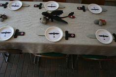 Themenparty zum Kinofilm - How to train your dragon - Die Tischdeko für den Esstisch - natürlich auch im Dragons Style.