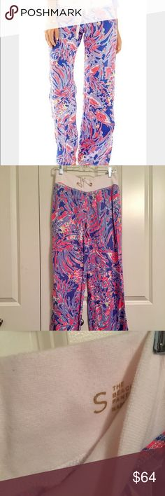 """lilly pulitzer beach pants shrimply chic 33"""" Inseam Printed, Easy Pull On Pant With Rib Knit Wasitband. Beach Linen- Print (100% Linen). Machine Wash Cold. Lilly Pulitzer Pants"""