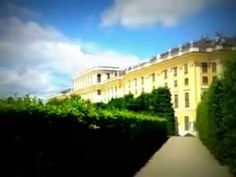 Wien 12, - Der Park von Schönbrunn im Frühsommer 2012, - unteres Tor. - Mansions, Park, House Styles, World, Youtube, Summer, Manor Houses, Villas, Mansion