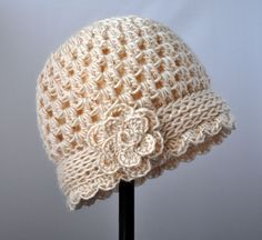 Crochet Vintage Flowered Cloche Pattern | Classy Crochet