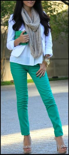 I really need some colored skinnies in my life pronto!