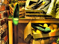 Now this is more like it!  Our version of a 'Greenmarket,' Sergio Rossi pumps in Foresta.