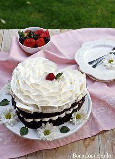 Tarta de chocolate y nata para San Valentín (en microondas)