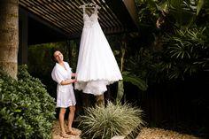 vestido; vestido de noiva; vestido noiva; vestidonoiva; dress; bride; wedding dress; weddingdress; noiva classica; noiva; noiva contemporanea; vestido princesa; vestido sereia; vestido bordado; vestido rendado