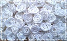 Flor de Cetim Branca