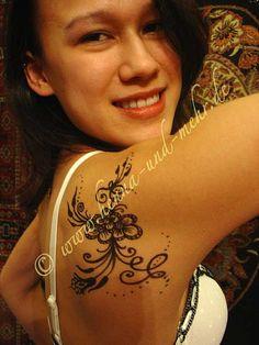 henna tattoo - cute flowers