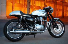 Kawasaki W650 by The Wilkinson Brothers
