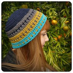 Fast and easy to make, perfect for last minute gifts. Ravelry: Voyages Beanie pattern by Shara Lambeth Crochet Chain, Cute Crochet, Crochet Scarves, Crochet Clothes, Knit Crochet, Crochet Adult Hat, Crochet Patron, Crochet Beanie, Knitted Hats