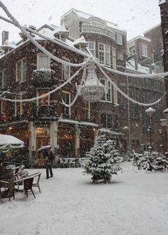 Snowy Day, Amsterdam, The Netherlands photo via julie Winter Love, Winter Snow, Winter Christmas, Christmas Time, Merry Christmas, Winter Walk, Christmas Shopping, Christmas Lights, Beautiful World