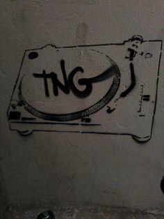 Gramofon stencil tng 2015