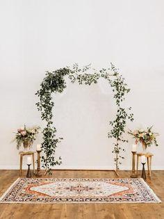 Wedding Ceremony Backdrop, Ceremony Arch, Ceremony Decorations, Wedding Backdrop Design, Wedding Aisles, Arch Wedding, Wedding Backdrop Photobooth, Indoor Wedding Decorations, Rustic Wedding Backdrops