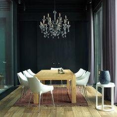 Photo picture Обеденный стол, Linteloo, окружают кожаные стулья по дизайну Филиппа Старка для Cassina. Люстра, Lambert. Шторы из тонкой шерстяной ткани сшиты в компании De Luxe..jpg