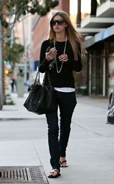 LOVE Nicky Hilton's totally chill, understated, and clean look.