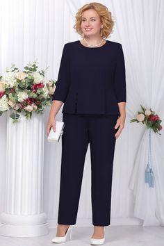 Костюм Ninele 229 синий Look Formal, Formal Tops, Looks Plus Size, Dress Suits, Office Fashion, Office Outfits, Mom Style, Suits For Women, Crochet Dresses