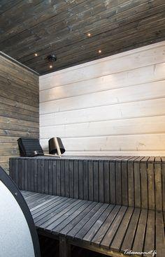 Saunan modernit lauteet on perheen isä itse suunnitellut ja nikkaroinut jämärimasta! Sauna Design, Finnish Sauna, Spa Rooms, Laundry In Bathroom, Basin, Blinds, Sauna Ideas, House Plans, Shed