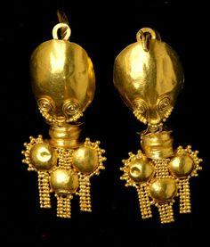 Roman gold pendant earrings, ca. Ancient Jewelry, Antique Jewelry, Jewelery, Silver Jewelry, Vintage Jewelry, Viking Jewelry, Pendant Earrings, Gold Pendant, Gold Earrings