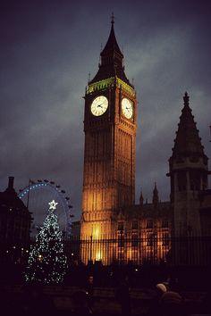 Big Ben and the London Eye at night