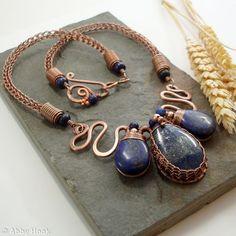 Medusa's Tears necklace - Lapis Lazuli and Copper