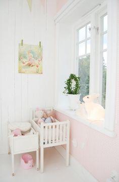 Una habitación de niña en Dalarna, Suecia