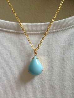 Vintage Stone Pendant Necklace - Opaque Calcedon - Teardrop - Gold - Light Blue