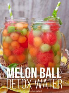 melon ball infused drink: a clean party beverage fat loss diet detox waters Week Detox Diet, Detox Diet Plan, Cleanse Diet, Stomach Cleanse, Health Cleanse, Juice Cleanse, Quick Detox, Healthy Detox, Healthy Water