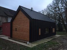 Allano Breizh Couverture à Rennes,  maison toiture et bardage VM zinc anthracite noir