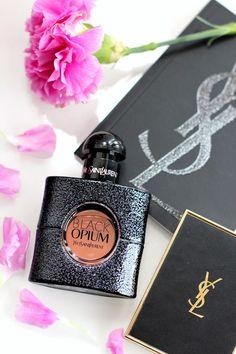 This highly addictive feminine fragrance YSL Black Opium is fascinating and sedu., - my favorite parfum - perfume Perfume Diesel, Best Perfume, Best Womens Perfume, Ysl Black Opium Perfume, Perfume Yves Saint Laurent, Saint Yves, Celebrity Perfume, Perfume Collection, Beauty Tips