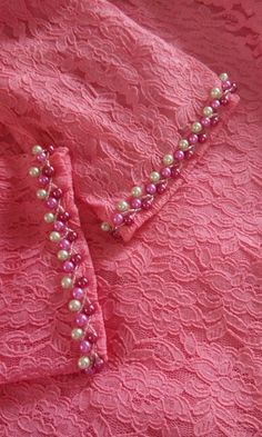 Learn different embroidery stitches to fix beads on to fabric and leather to do bead embroidery. Pearl Embroidery, Hand Embroidery Dress, Embroidery Neck Designs, Bead Embroidery Patterns, Embroidery Suits, Embroidery Fashion, Embroidery Stitches, Sewing Patterns, Bordados Tambour