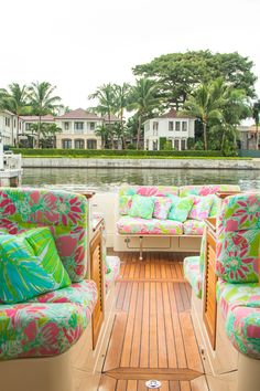 Lilly collaboration with The Mariners Club. This custom Hinckley Yacht, adorned in Lilly Pulitzer Spring 2016 prints, will be available to Barton and Gray Members starting December 28 in Palm Beach. Hinckley Yachts, Palm Beach Decor, Lilly Pulitzer Prints, Lily Pulitzer, Outdoor Spaces, Outdoor Decor, Outdoor Life, Interior Exterior, Humble Abode