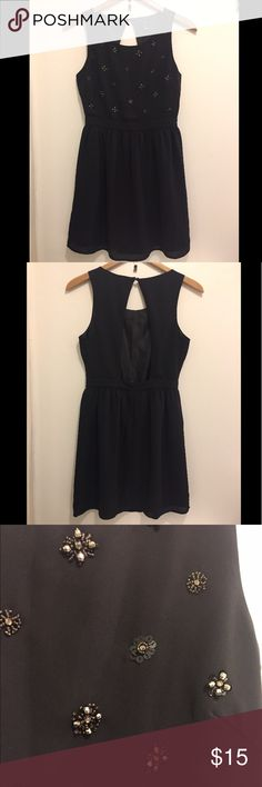 Forever 21 Black Sequined Open Back Dress Like new condition. Only wore it once. Forever 21 Dresses