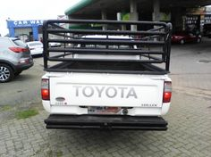 2002 Toyota Hilux 2.4 diesel Goodwood - image 5