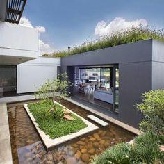 Casa Moderna en la Naturaleza
