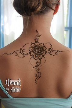 Flower mehndi tattoo design on upper back and shoulders armband tattoo,bridal mehndi designs,henna d Mehndi Designs, Henna Tattoo Designs, Henna Designs Back, Tribal Designs, Geometric Designs, Design Tattoos, Cool Henna, Simple Henna, Unique Henna