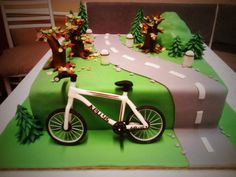 bicycle cake - Cake by CoooLcakes