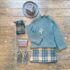 Roll neck knit jumper and block colour edge check mini skirt. Winter Outfits, Casual Outfits, Cute Outfits, Korea Fashion, Daily Fashion, Olive Clothing, Check Mini Skirt, Sunday Clothes, Cold Weather Fashion